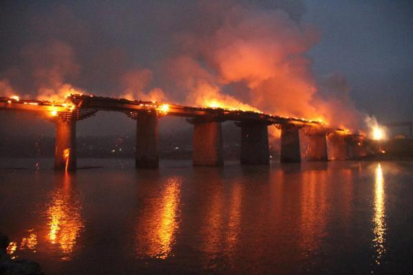 (The Fengyu Bridge)