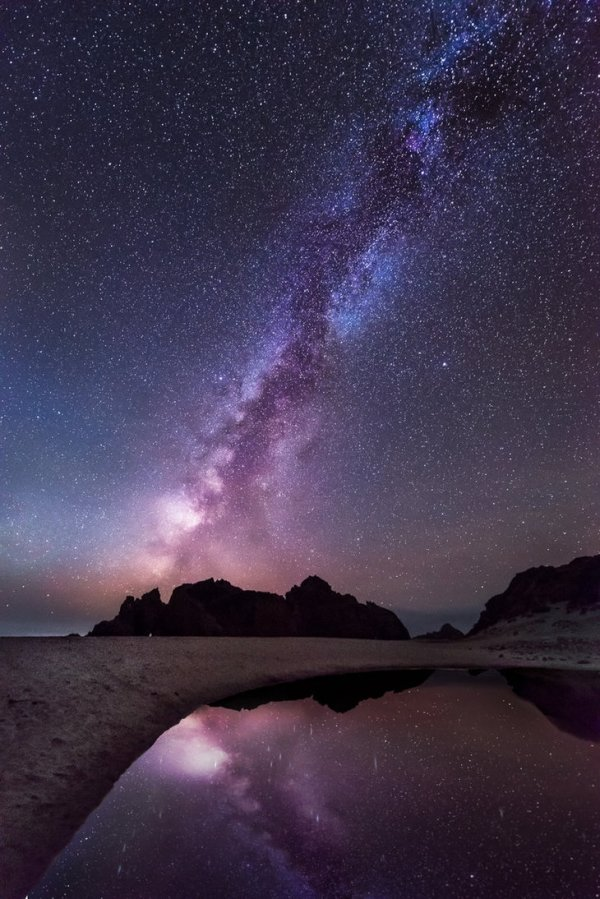 reflection_of_the_galaxy_by_alierturk-deviantart
